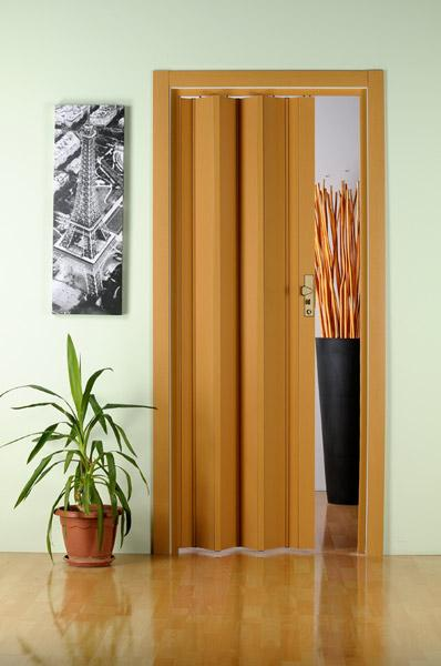 Дверь-гармошка в интерьере фото