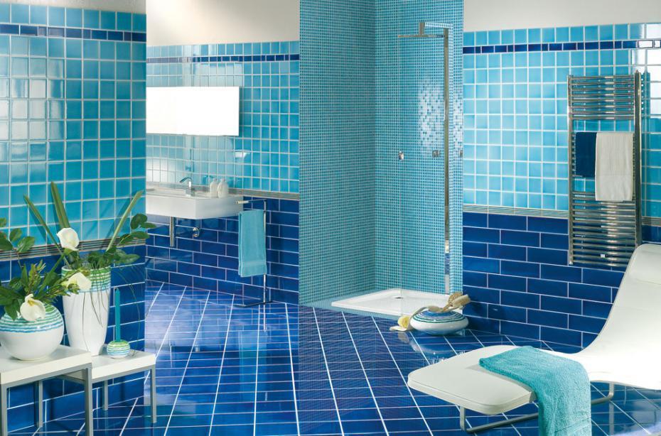 Дизайн ванной комнаты в синих и голубых тонах Фото Дизайн интерьера