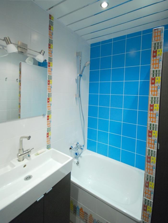 Дизайн ванной комнаты в синих и голубых тонах - Фото Дизайн интерьера