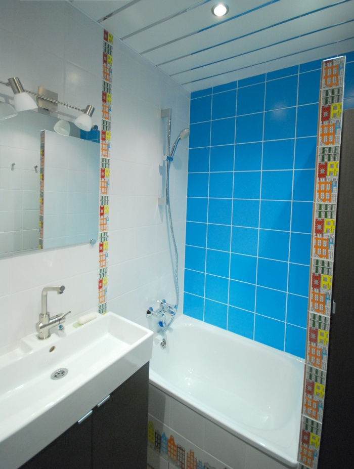 Сине белая ванная комната фото
