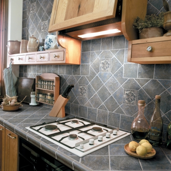 Фартук из плитки для кухни своими руками фото