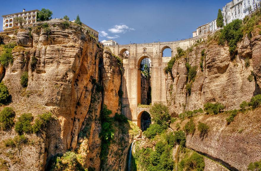 Швейцария старинный арочный мост в