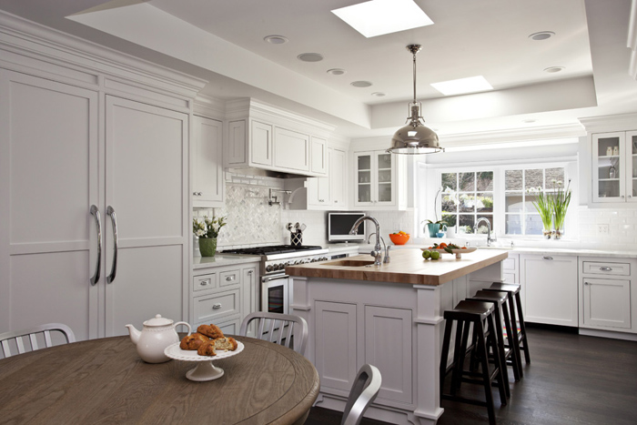 American Kitchen Isiland Lighting