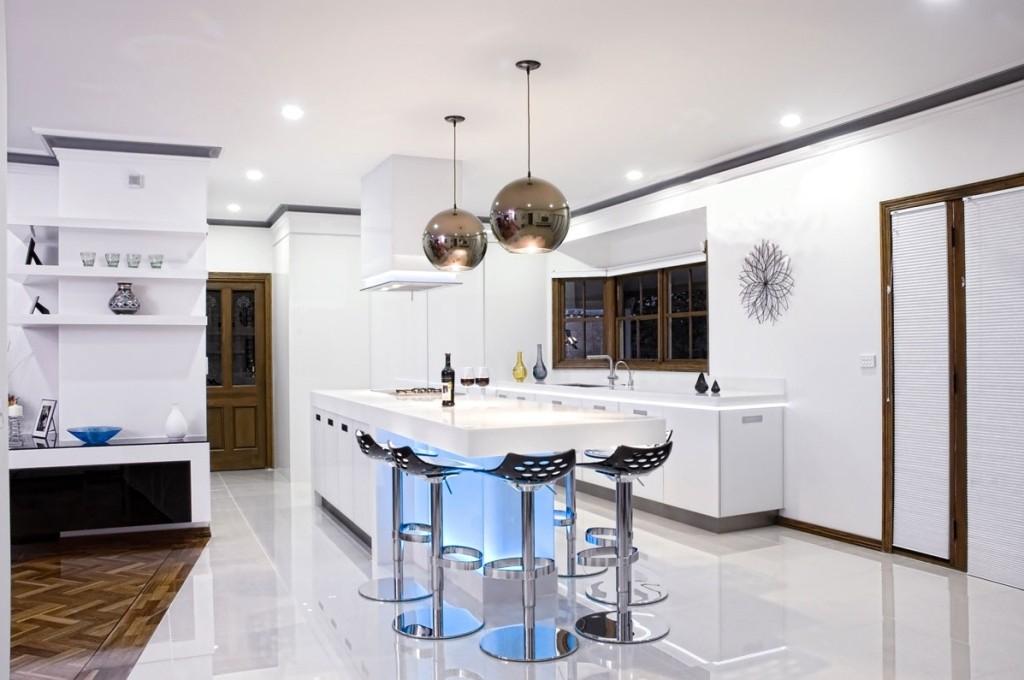 Дизайн светильников и люстр на кухню