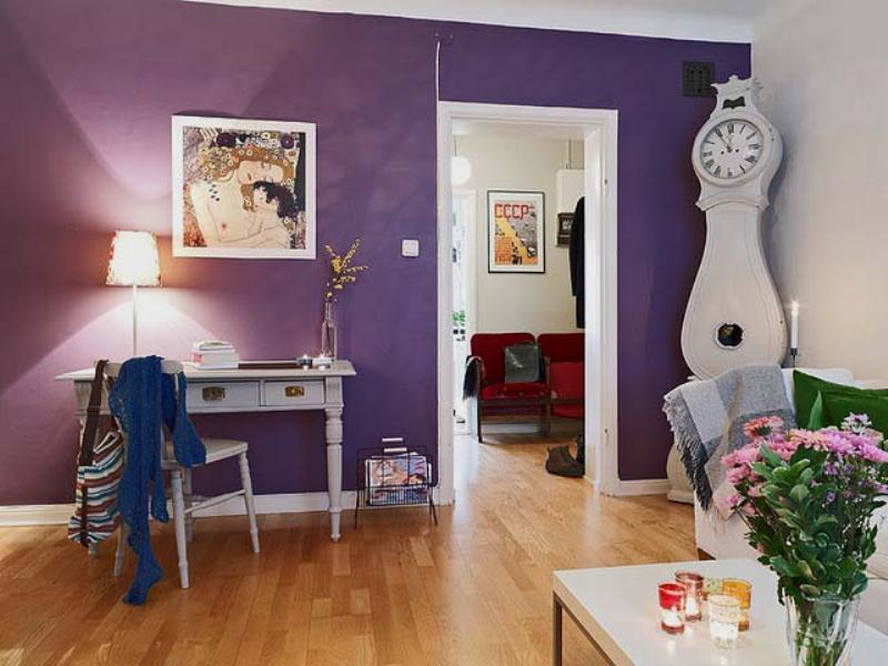 Фиолетовые стены в интерьере фото
