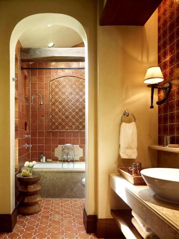 Испанская плитка в ванной в интерьере фото