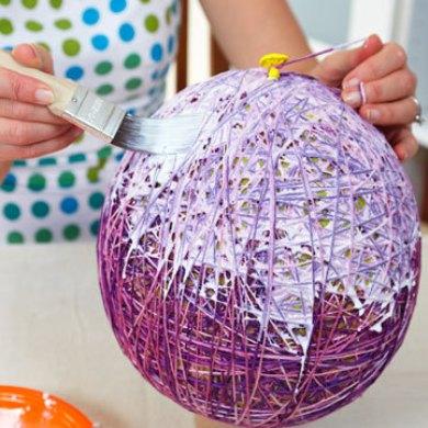 Как сделать пасхальные яйца и корзинки из ниток своими руками