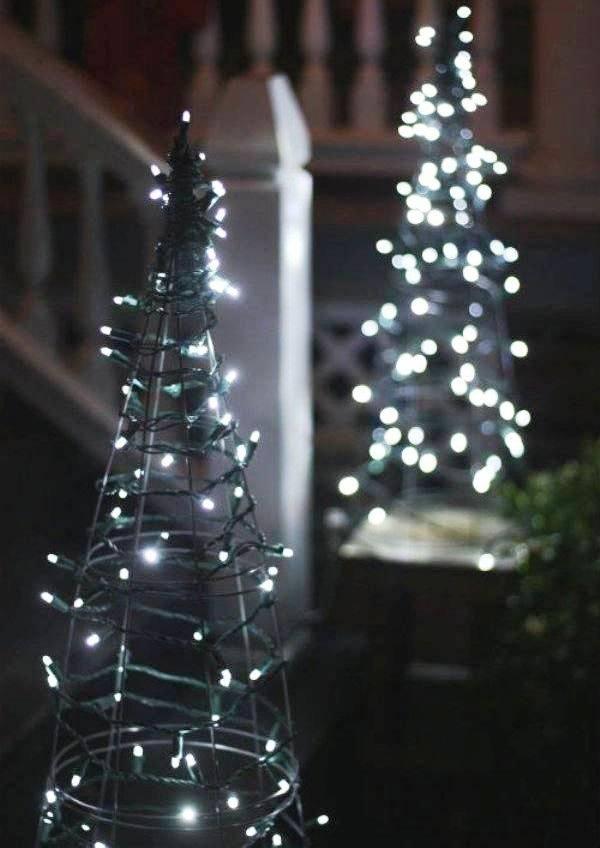 новогоднее украшение сада