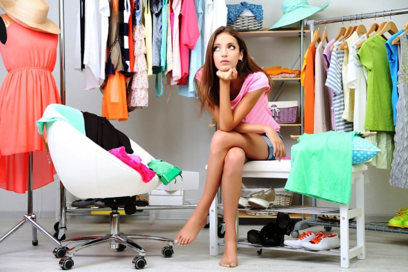 Где можно купить дешевую одежду