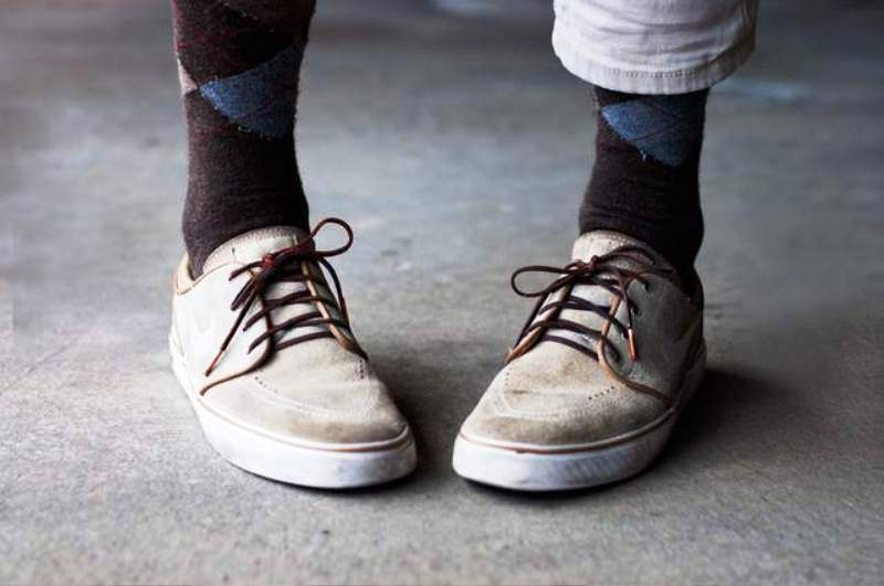Firmly tie shoelaces  Unusual Ways to Use Lip Balm