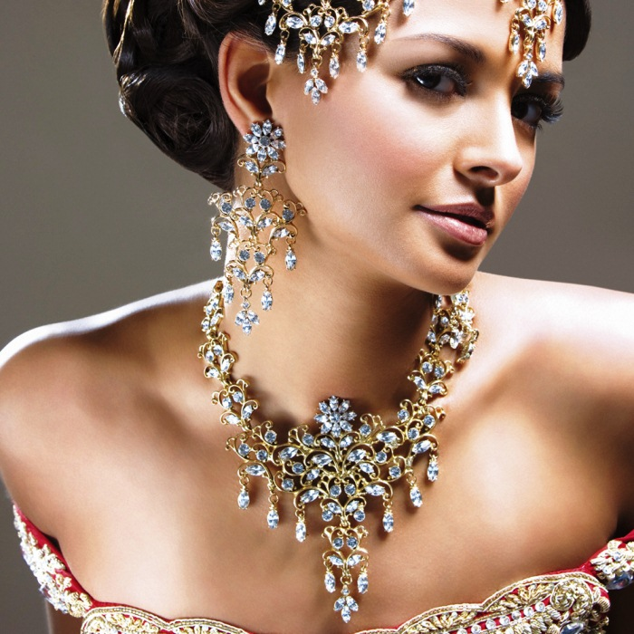 Good costume jewelry Fashion Tips : How To Look Expensive