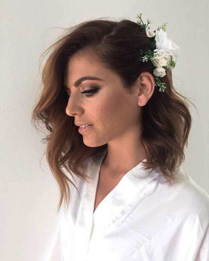 """Short """"wave"""" with flowers Best Wedding Hairstyles for Short Hair"""