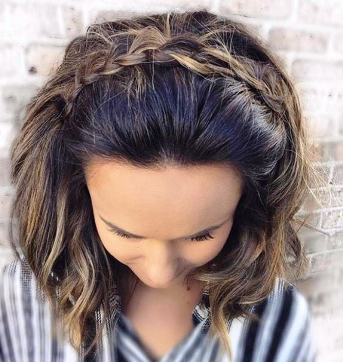 Wavy Bob and Pigtail Best Wedding Hairstyles for Short Hair