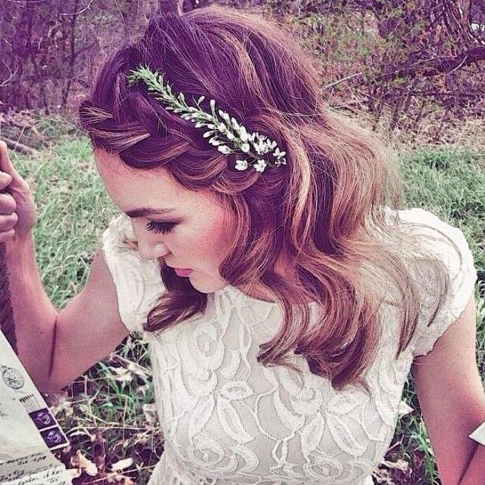 Careless Romance Best Wedding Hairstyles for Short Hair